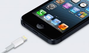 iphone-5-lightning-charger-1970x1172